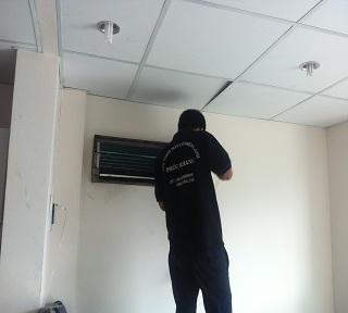 Sửa máy lạnh Daikin chuyên nghiệp tại quận Gò Vấp, quận 12